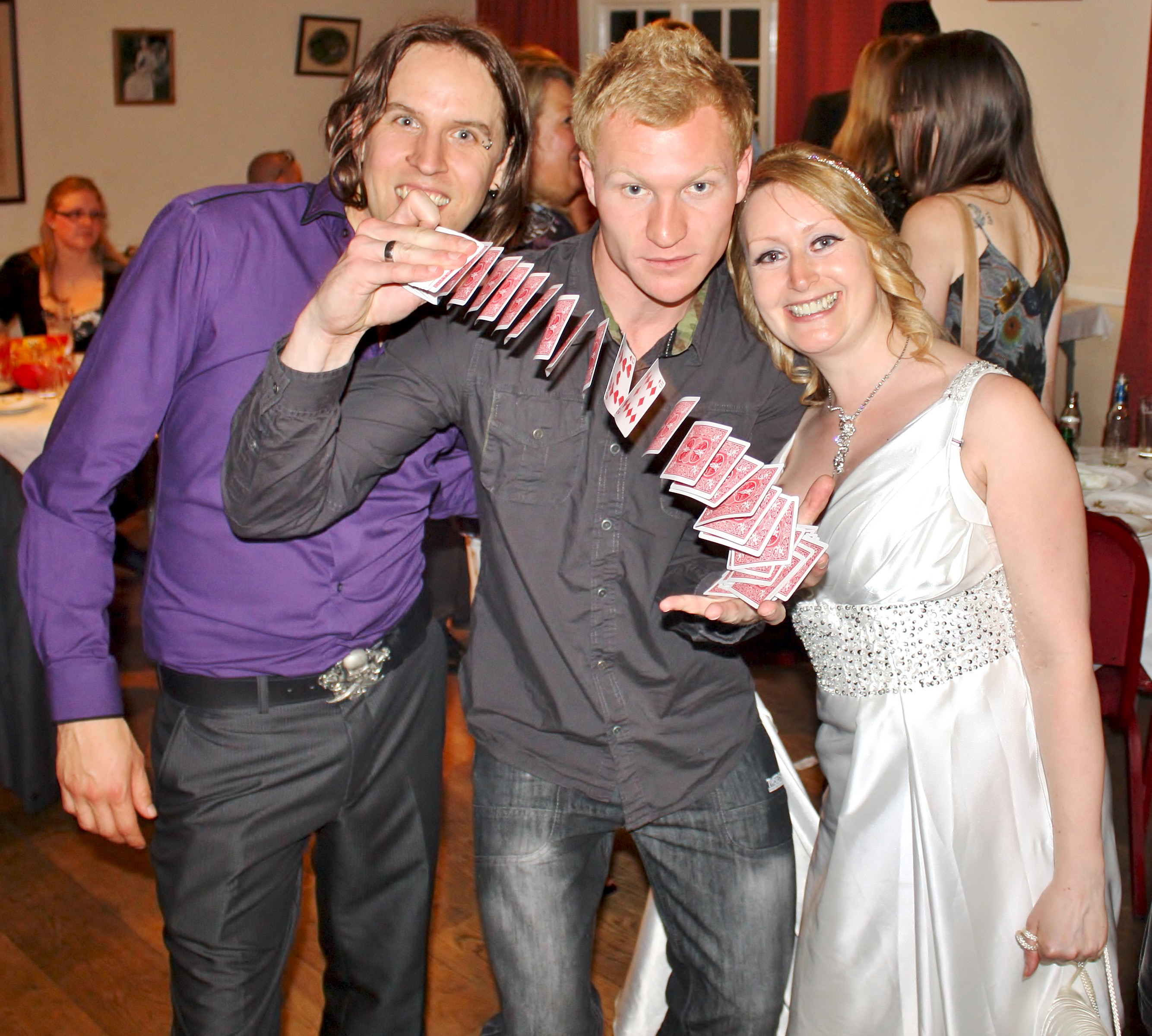 Liam Walsh Magic Private Wedding Haywards Heath Lindfield Magician Performing Close Up